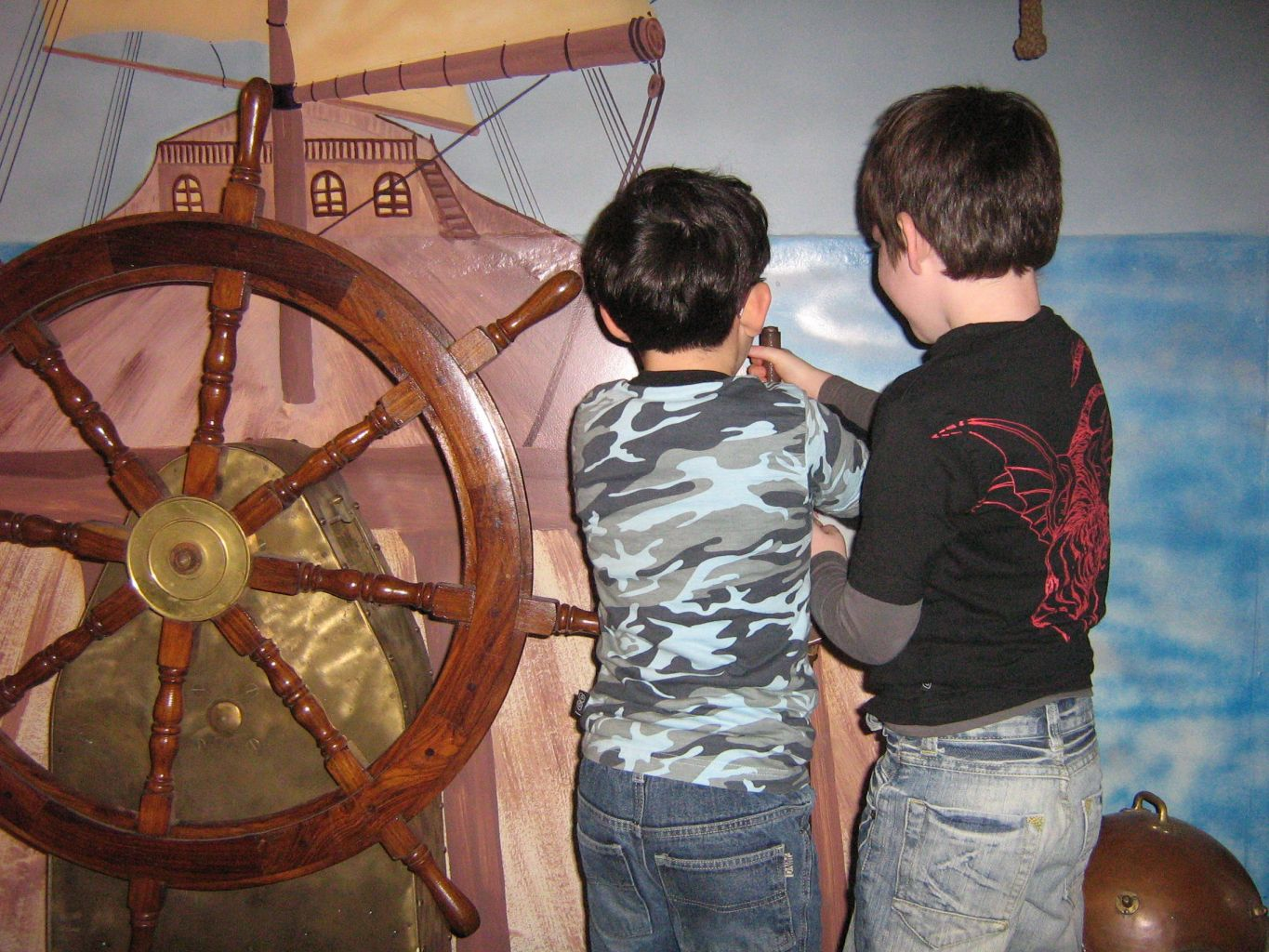 Stan & Dieye on the Orion-3 Pirate Ship
